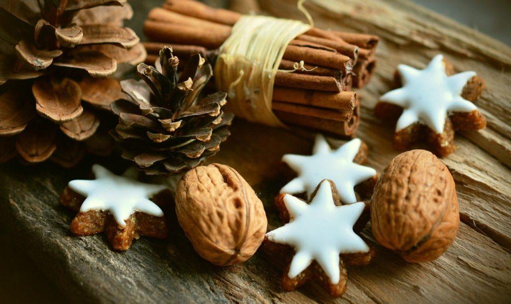 Cinnamon Stars Cinnamon Sticks